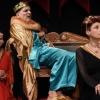 Ο Βασιλιάς Πεθαίνει (Le Roi se Meurt) του Eugène Ionesco από τον Θίασο «Μοντέρνοι Καιροί»  σε σκηνοθεσία Κώστα Νταλιάνη – Θέατρο «Αλκμήνη»