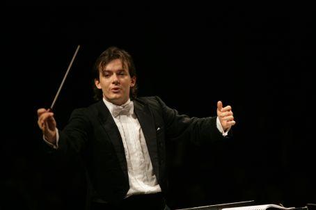 Άντρις Νέλσονς και Βασιλική Ορχήστρα Κοντσέρτγκεμπάου