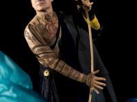 O Simon Keenlyside στον ρόλο του Prospero.  Φωτο: Metropolitan Opera