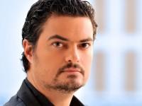 Ο αρχιμουσικός και πιανίστας Γιώργος Πέτρου