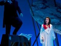 """Γιάννης Φίλιας και Έλενα Μαραγκού στην όπερα """"The Darkness of Mistico"""" του Γρηγόρη Εμφιετζή. Φωτο: Stefanos"""