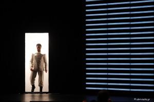 Ο κουρέας της Σεβίλλης, του Τζοακίνο Ροσσίνι. Μουσική διεύθυνση: Μίλτος Λογιάδης. Σκηνοθεσία: Φραντσέσκο Μικέλι. Θέατρο Ολύμπια, 13/02/2016