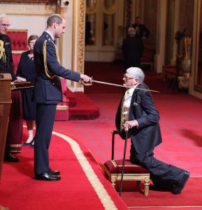 jeffrey-tate-knighted-by-prince-william-in-april-2017