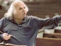 Ο Συνθέτης Ντίνος Κωνσταντινίδης.