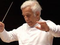 Ο αρχιμοουσικός Vladimir Ashkenazy.