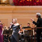 Ο Michael Tilson Thomas διευθύνει την San Francisco Symphony στην εναρκτήρια βραδιά της νέας καλλιτεχνικής περιόδου του Carnegie Hall για την περίοδο s 2018-19 season opening night concert, στις 3 Οκτβωρίου. Φωτο: Chris Lee.