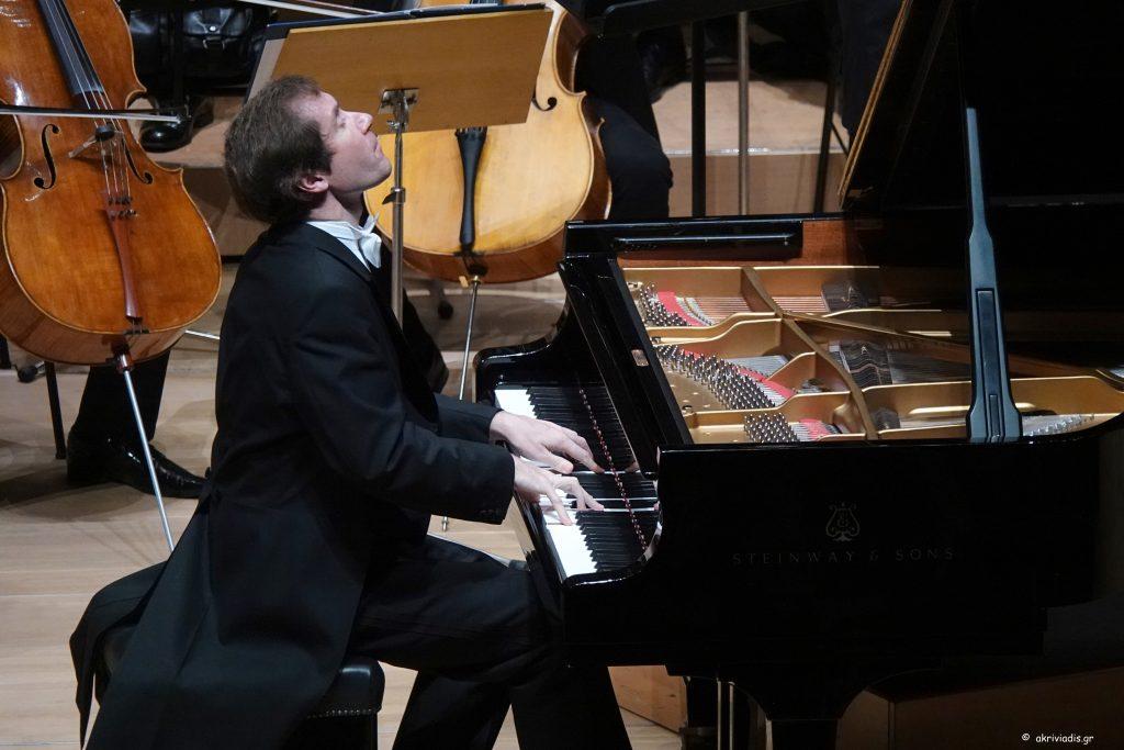 Ο Nikolai Luganski στο Μέγαρο Μουσικής Αθηνών. Φωτο: Χάρης Ακριβιάδης.