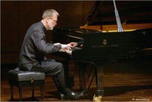 «Ερμηνευτικές εκλεπτύνσεις με πρωταγωνιστή το πιάνο»- Εξαιρετικές εμφανίσεις του Ούβε Μάτσκε στο Μέγαρο Μουσικής Θεσσαλονίκης και της Eunmi Ko στο Κρατικό Ωδείο.