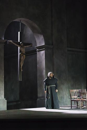 O Yusif Eyvasov ως Don Alvaro. Φωτο: The Royal Opera House/Bill Cooper.