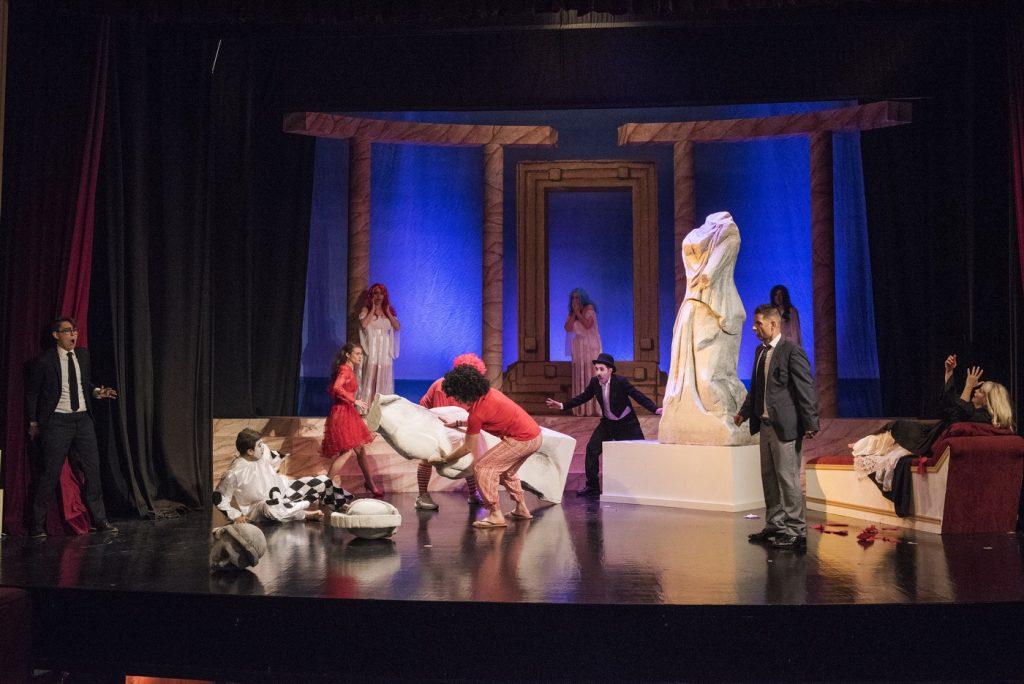 """Σκηνή από την όπερα """"Αριάδνη στη Νάξο"""". Φωτο: Festival of the Aegean."""