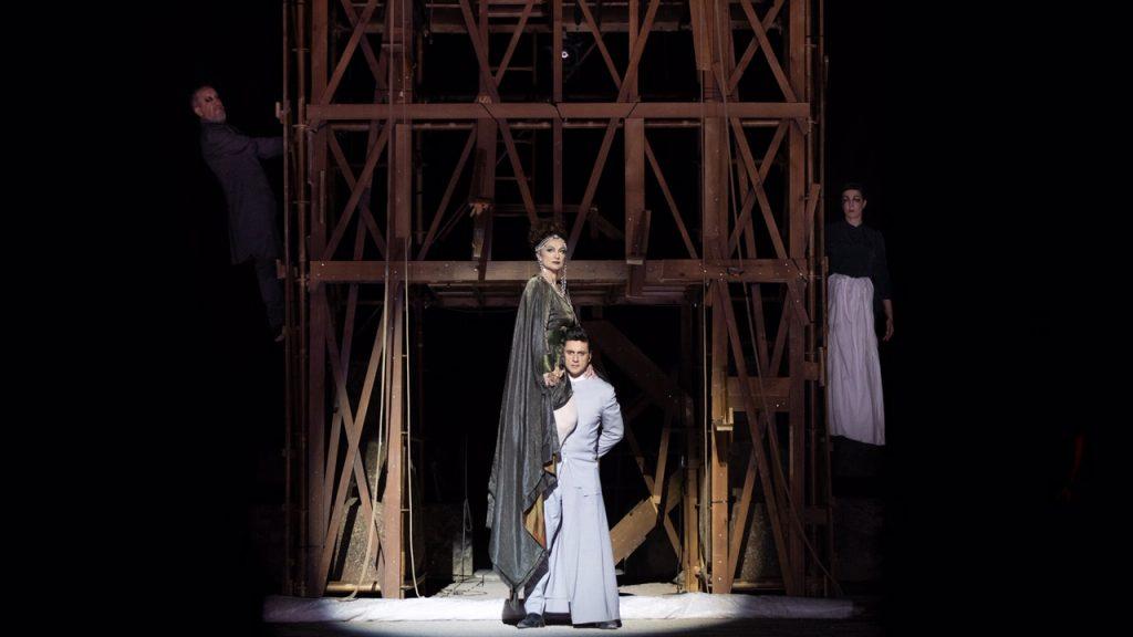 """""""Ορέστεια"""" Αισχύλου. Χοηφόροι. Φωτο: Εθνικό Θέατρο."""