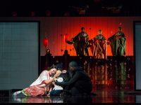 """Η Hui He στον ρόλο της Cio-Cio-San από την όπερα """"Madama Butterfly"""" του Giacomo Puccini. Φωτο: Richard Termine / Met Opera"""