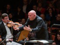 Ο Christoph Eschenbach διευθύνει την Κρατική Ορχήστρα Αθηνών. Φωτο: Μαρία Γραμματικού.