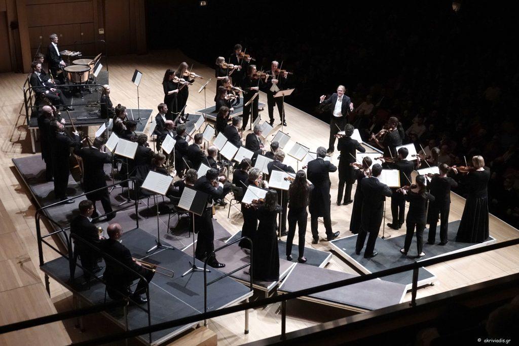 Ο Thomas Hengelbrock διευθύνει το Ensemble Balthasar Neumann στο Μέγαρο Μουσικής Αθηνών. Φωτο: Χάρης Ακριβιάδης.
