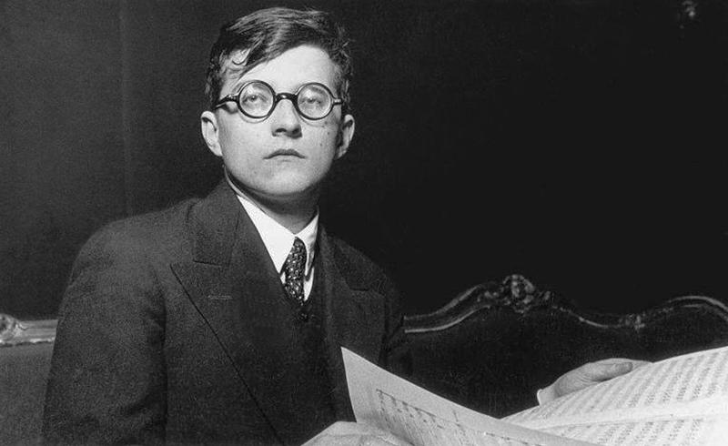 Φεστιβάλ Αθηνών: Ο εκρηκτικός Ρώσος αστέρας των πλήκτρων Trifonov παίζει Rachmaninov συμπράττοντας με ΚΟΑ, υπό Καρυτινό- Εύστοχη ανάγνωση της Συμφωνίας αρ. 9 του Shostakovich κατά την ίδια συναυλία